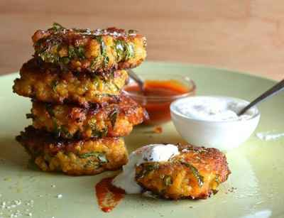 sweet-potato-kale-and-quinoa-fritters-e1475988564688